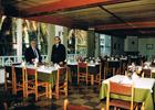 Antonio Alvarez Fernandez y José Quesada, en los salones del antiguo restaurante en el acequión