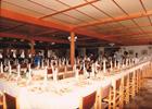 Salones del antiguo restaurante en el barrio del acequión